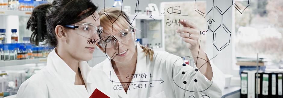 Labor Glaswand, chemische Formeln